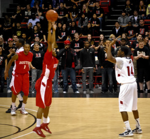 Forcing a pass often leads to a turnover (Photo Source: Eric T)