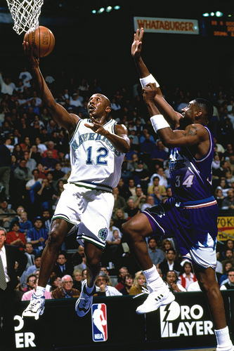 The Importance of Body Positioning during a Lay-up
